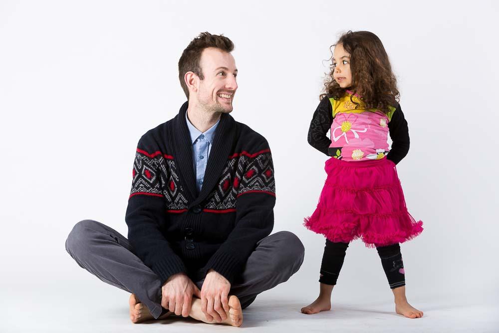 Photographe studio famille a Paris enfant