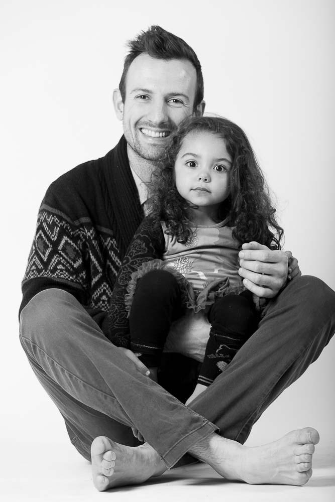 Photographe studio famille papa