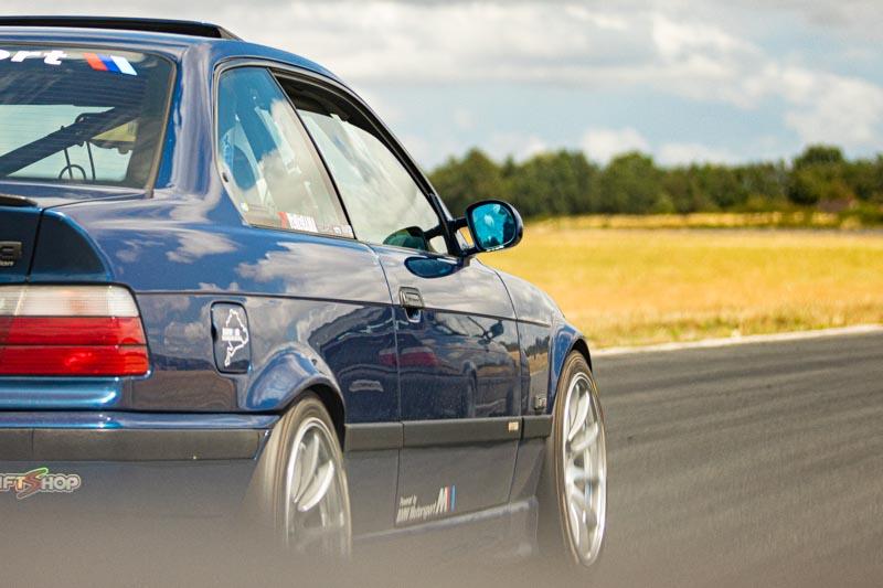 Photographe sport mécanique auto