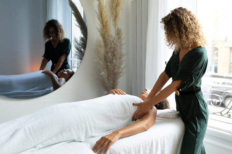 Photographe institut beauté luxe massage